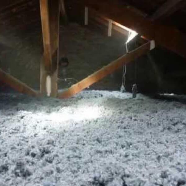 Isolation de combles laine de coton recyclé